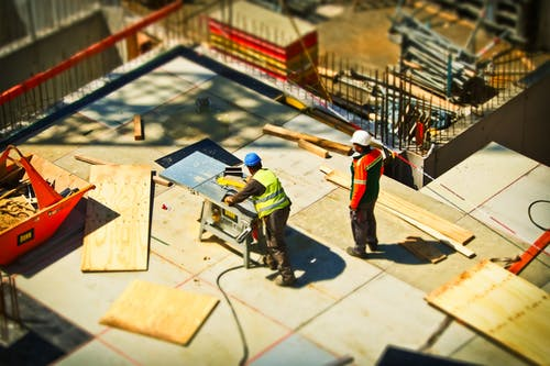 How to find the best builders to take care of your home construction job!