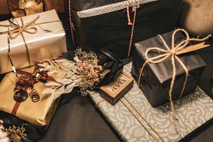 6 Thoughtful Housewarming Gift Ideas