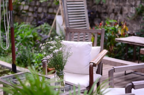 How to find the best outdoor cushions for your needs: what to know!